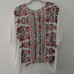 Umgee short floral embroidered caftan Sz M/L
